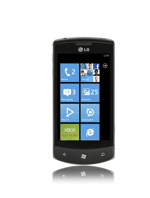 Front view of the LG Optimus 7 with a blue-themed user interface