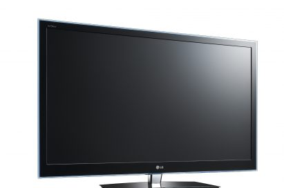 A front view of the LG CINEMA 3D TV model LW6500