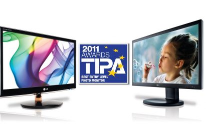 Two LG SUPER LED IPS monitors, IPS231 and IPS23, at either side of the TIPA 2011 Awards logo