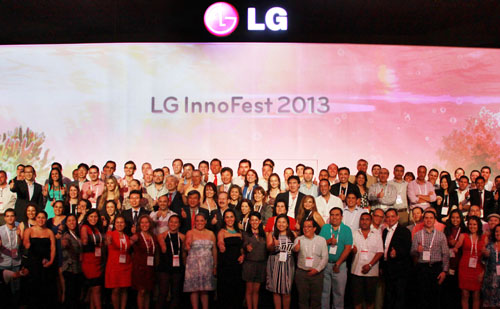 A group photo of participants at LG InnoFest 2013