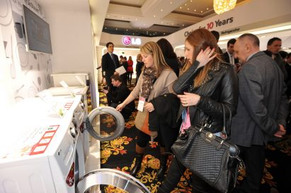 LG Innofest 2013 visitors take a closer look at LG's innovative products, including its washing machines