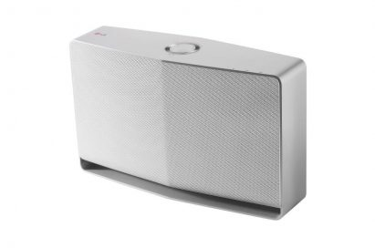 Right-side view of Wireless Audio System NP8740