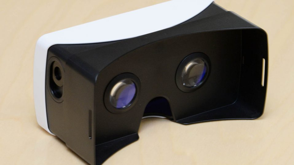 A rear view of the VR headset for G3.