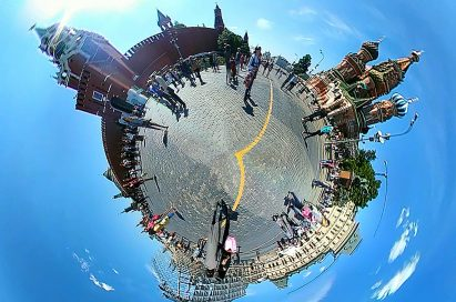 A 360-image taken on LG 360 CAM at Red Square in Moscow, Russia