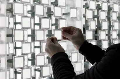 An interview with Tokujin Yoshioka around the aesthetic background of his artwork at LG's Senses of the Future exhibition, and his use of OLED's natural lighting in creating awe-inspiring visuals.