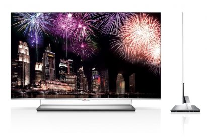 Front and side view of LG SIGNATURE OLED TV W