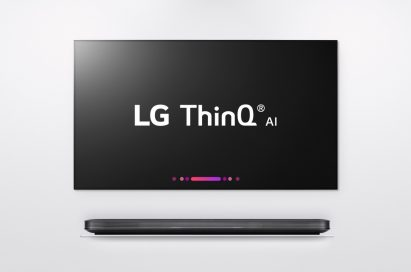 Front view of LG W8 ThinQ AI TV