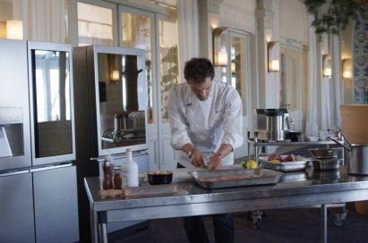 French star chef Juan Arbelaez focuses on cooking food using the high-end LG SIGNATURE home appliances.