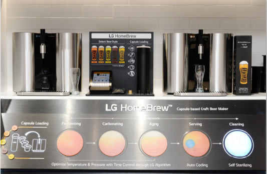 The LG HomeBrew highlight zone at LG's CES booth to introduce the company's convenient home brewing technologies.