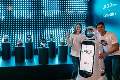 Models pose with LG's CLOi at the LG CLOi X Fantastick booth.