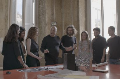 Massimiliano Fuksas and his team discuss the project.