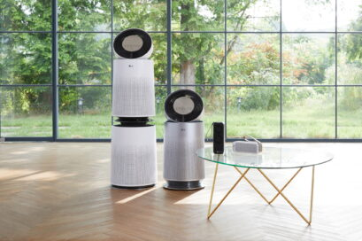 LG PuriCare 360 models and LG PuriCare Mini models in a living room