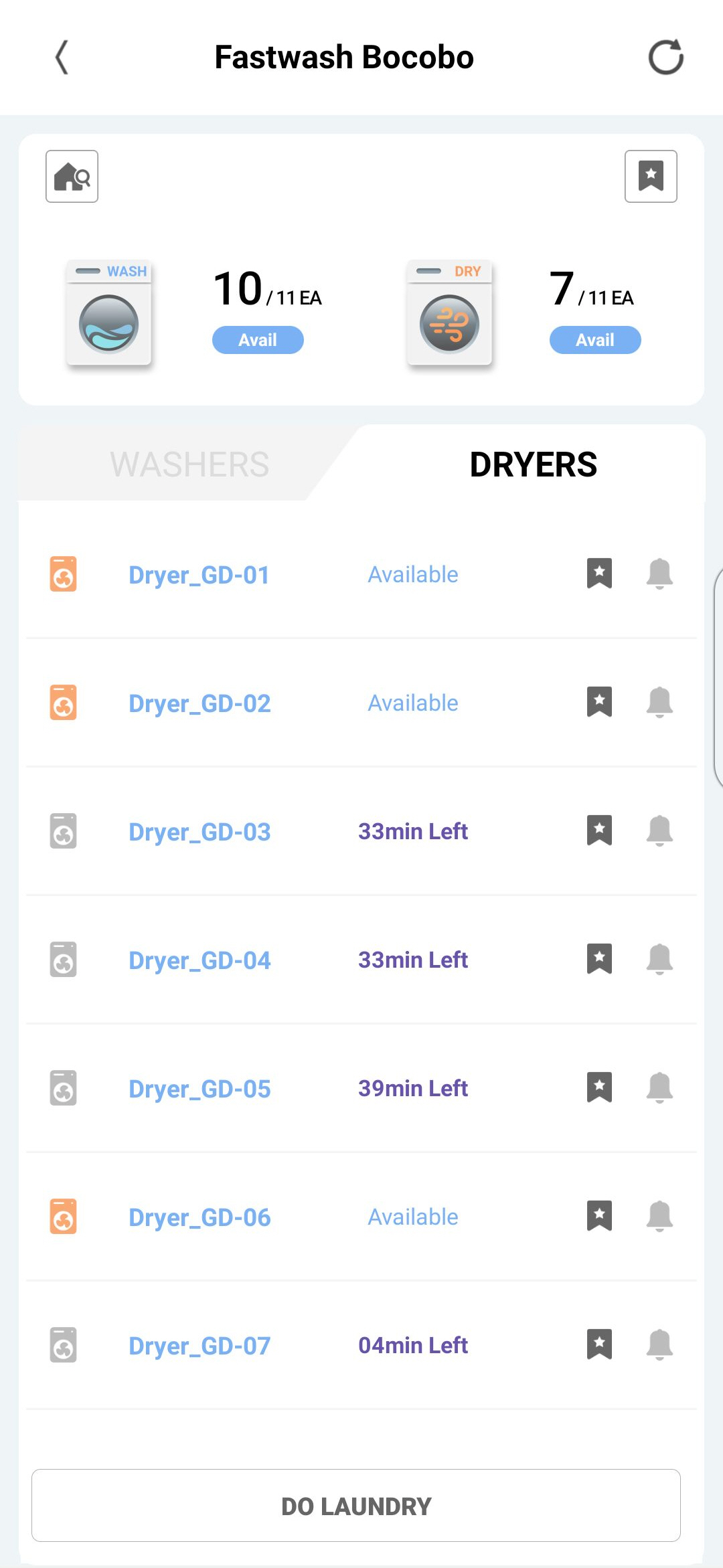 The Laundry Lounge app shows available washing machines and dryers while indicating waiting time for those being occupied.